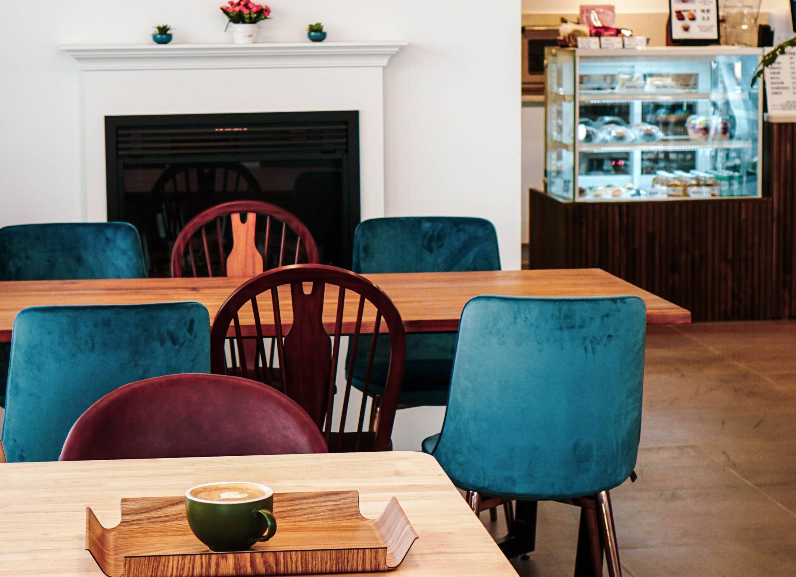 CAFE_SEATS
